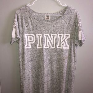 gray VS Pink tee shirt
